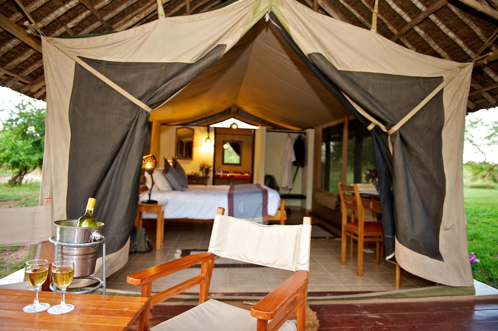 ziwani voyager camp-accommodation
