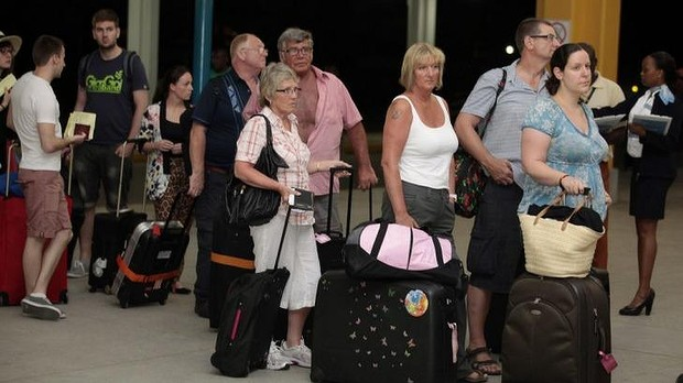 Toursist leaving Mombasa following the Travel ban Picture coutesty:http://www.itv.com/news/story/2014-05-16/travel-agency-evacuates-uk-tourists-from-kenya/